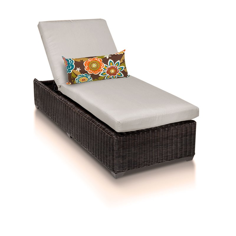 Venice chaise outdoor wicker patio furniture for Chaise longue garden furniture